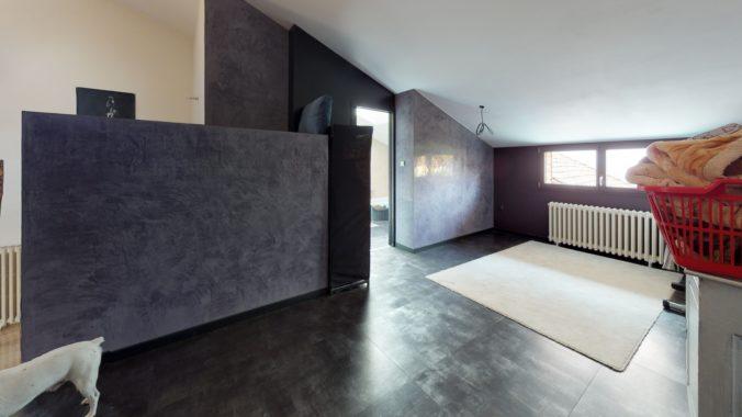 htrhySjEdKe-Bedroom